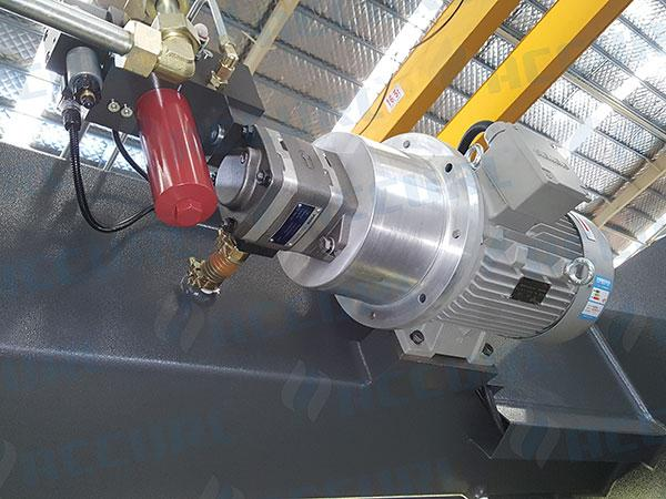 Hydraulic pump from Germany VOITH