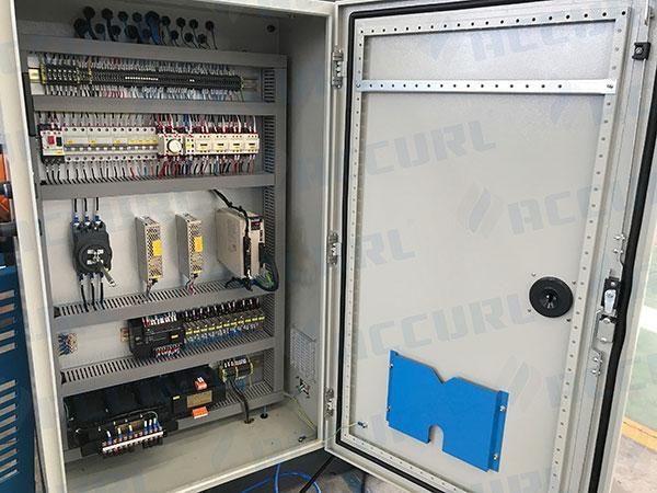 Electrical cabinets with Schneider Electric and Yaskawa servo drive